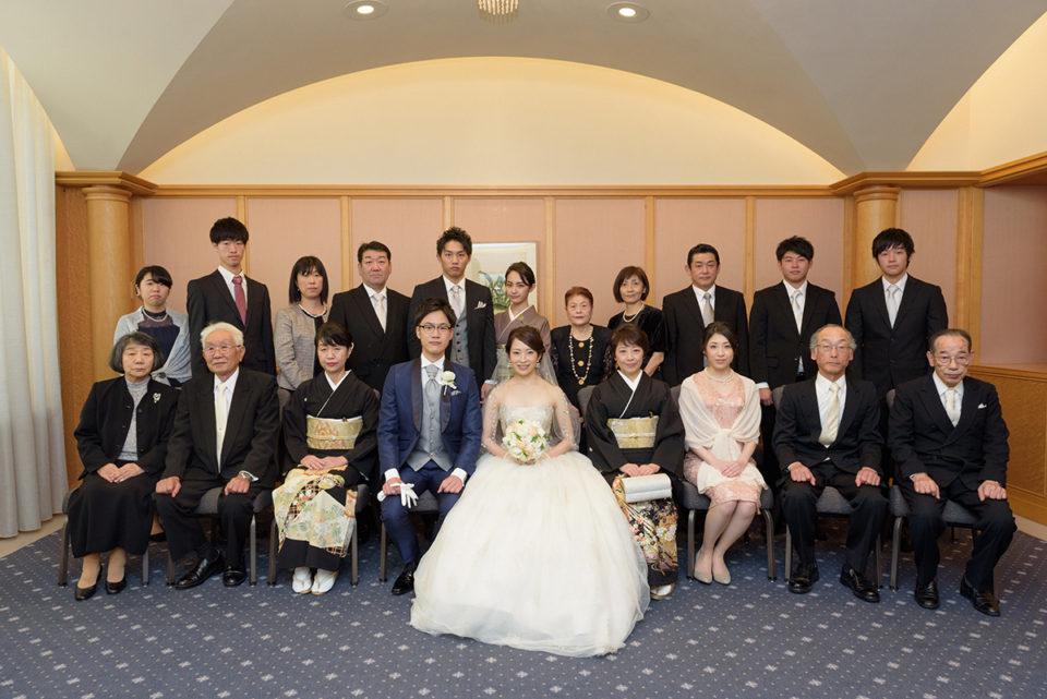 ウェスティンホテル東京での親族集合写真