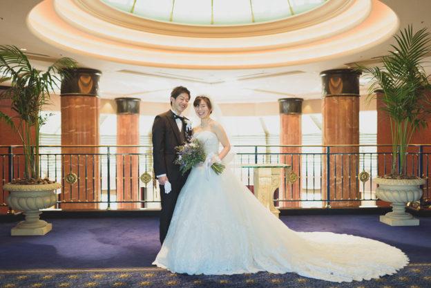 ウェスティンホテル東京ドーム前でのポーズ写真